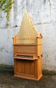 Renaissance_organo_di_legno_1